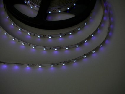 UV LED pásek 4,8W original UV čip
