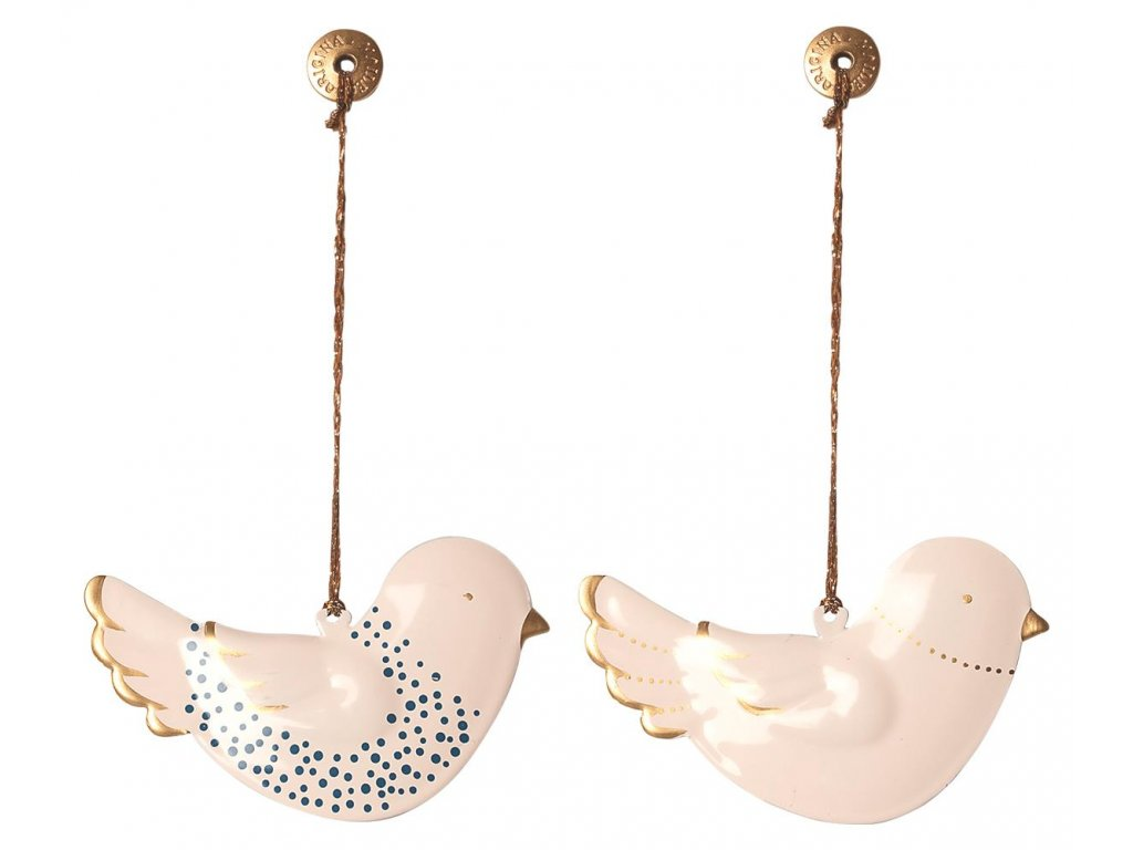 metal ornaments in box 2 birds