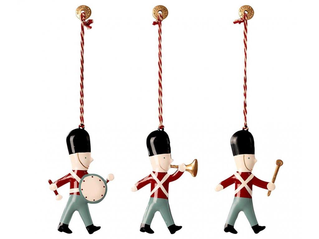 metal ornaments in box 3 guards