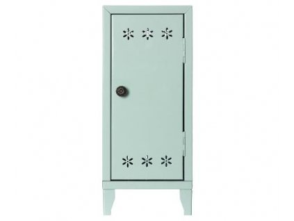 locker green