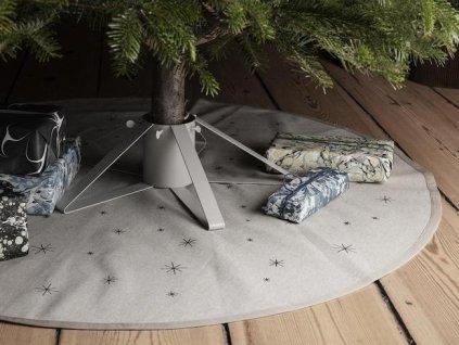 ferm living star christmas tree blanket sand 974406 1500x