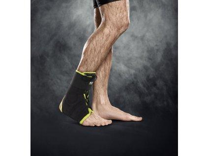 Bandáž kotníku Select Ankle support lace up černá