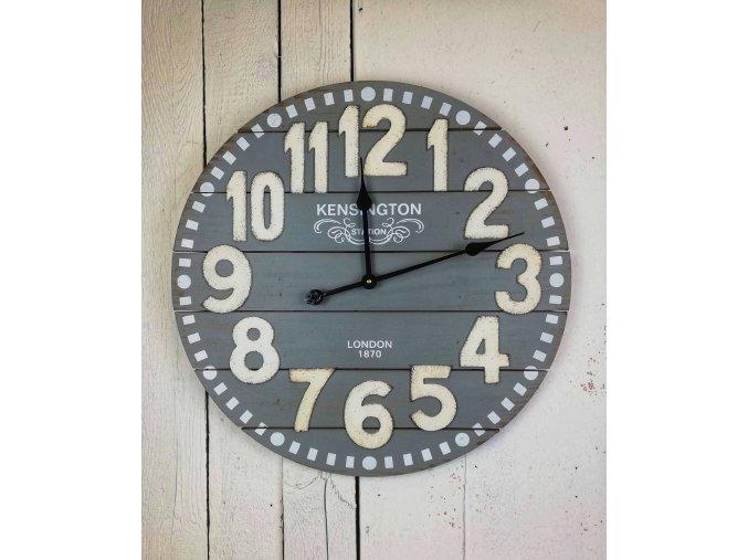 Velké dřevěné hodiny