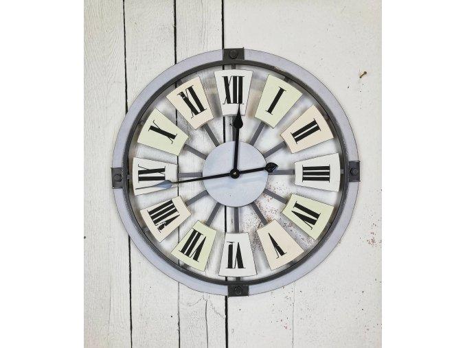 Vintage velké hodiny