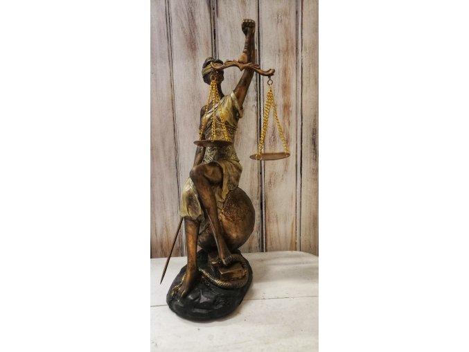 Soška bohyně Spravedlnosti
