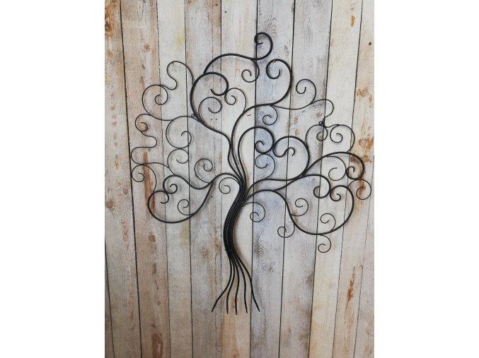 Kovový strom života bez listí
