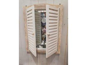 Dřevěné zrcadlo s okenicí