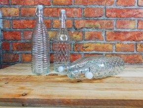 Skleněné lahve se zátkou
