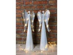 Svítící andílek něhy