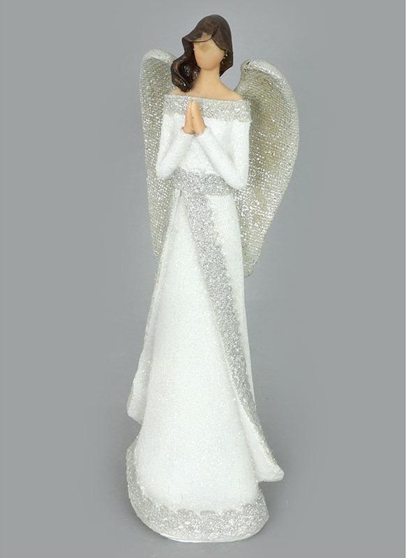 Andělé z polyresinu