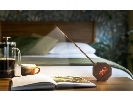 """Lampa """"Octagon One"""" s vestavěnými hodinami, ořech - Gingko"""