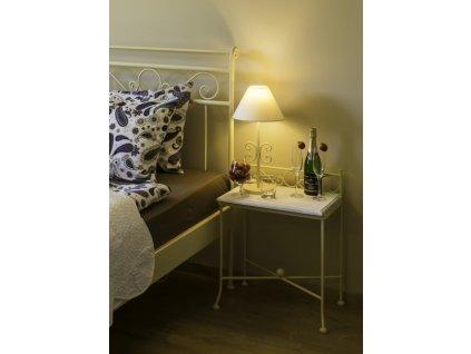 Noční stolek ROMANTIC