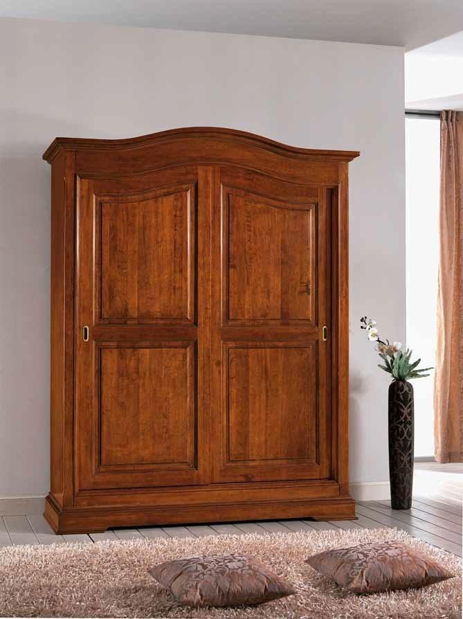 Stylová šatní skříň s posuvnými dveřmi