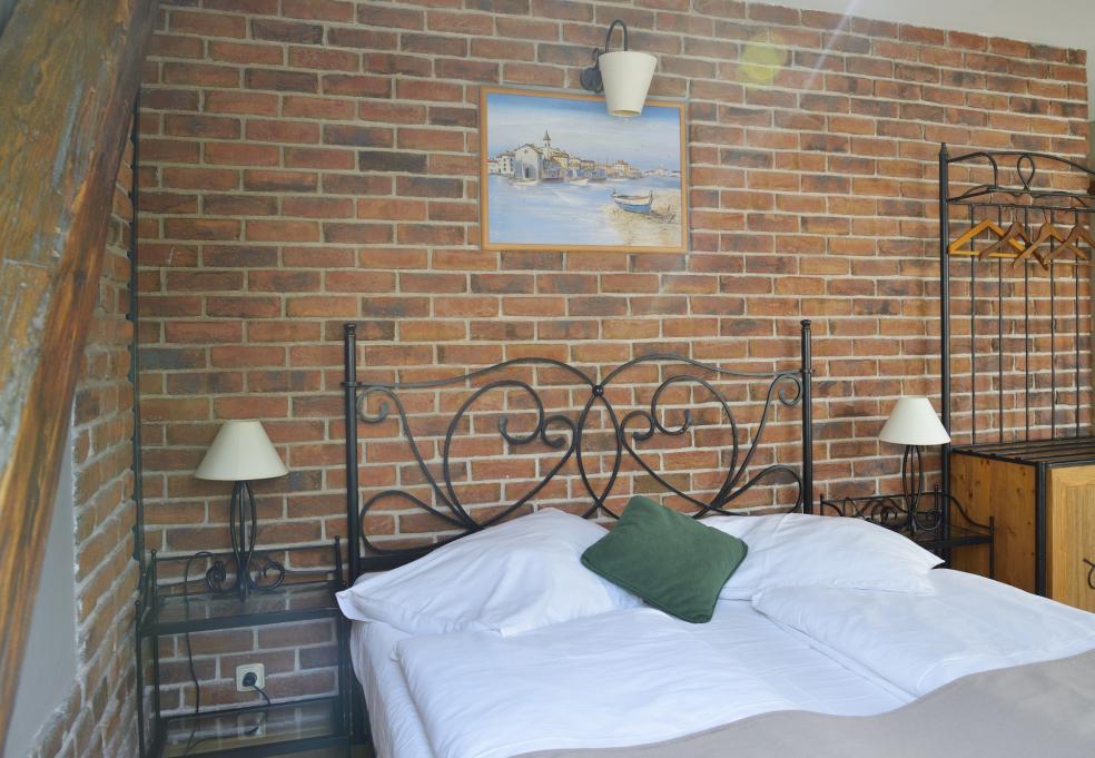 Kovaná postel GALICIA kanape