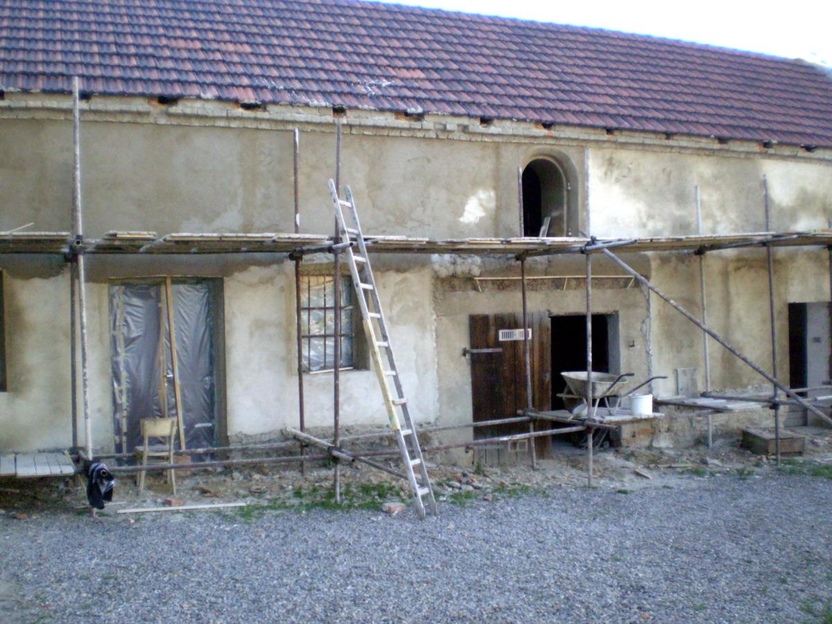 Opravy budov