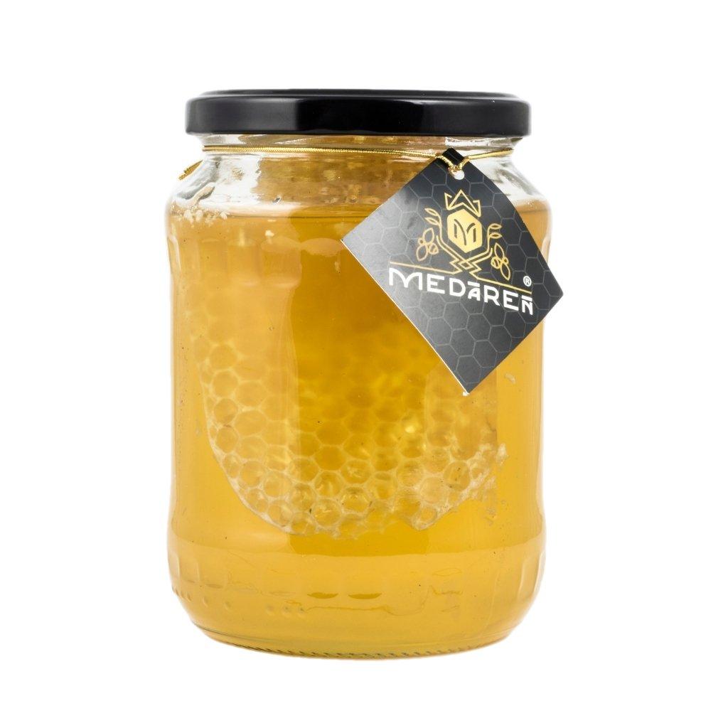 Agátový med s medovým plástom | Medáreň