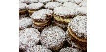 Vánoční cukroví plněné. Kokosový dortík 200 g.