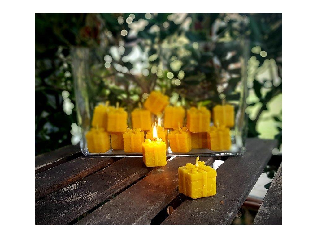 svíčka z včelího vosku dáreček