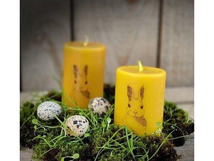velikonoční svíčka se zajíčkem