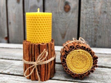 svíčka z včelího vosku skořicová