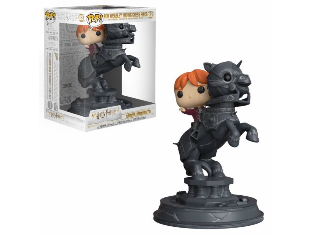 Harry Potter POP! Movie Moments Vinyl figurka Ron Riding Chess Piece 21 cm