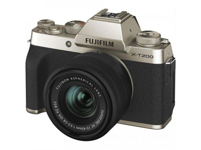 Fujifilm X T200 + Fujinon XC 15 45mm f3,5 5,6 zlatý