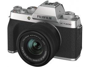 Fujifilm X T200 + Fujinon XC 15 45mm f3,5 5,6 strieborný