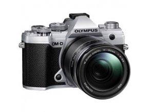 Olympus OM D E M5 Mark III strieborný + M.ZUIKO DIGITAL 14 150mm