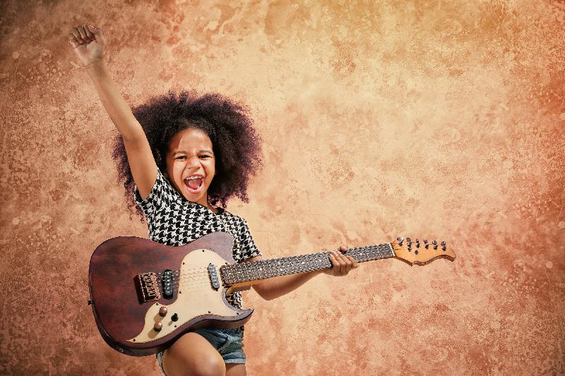Deti a hudobné nástroje