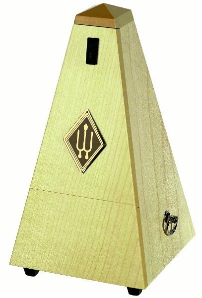 Wittner Metronome Pyramid shape Natural maple. matt 817A
