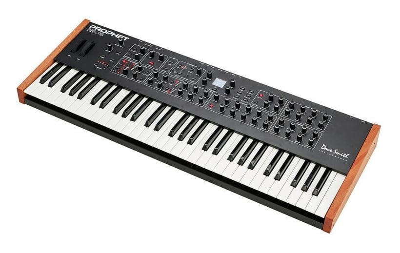 DSI Dave Smith Instruments Prophet Rev 2 8-V Keyboard