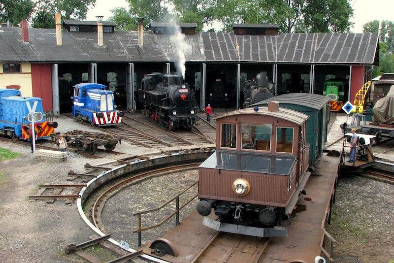 zeleznicni-muzeum-vytopna-jaromer-wikipedie-1580823747