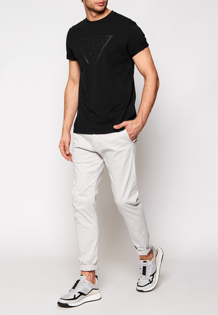 tricko-guess-jeans-u1ga06-j1311-black3