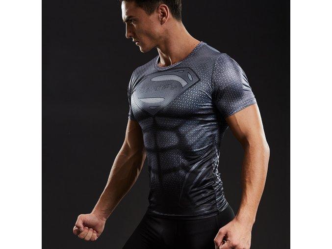 Kompresní triko s krátkým rukávem a motivem Superman Titan