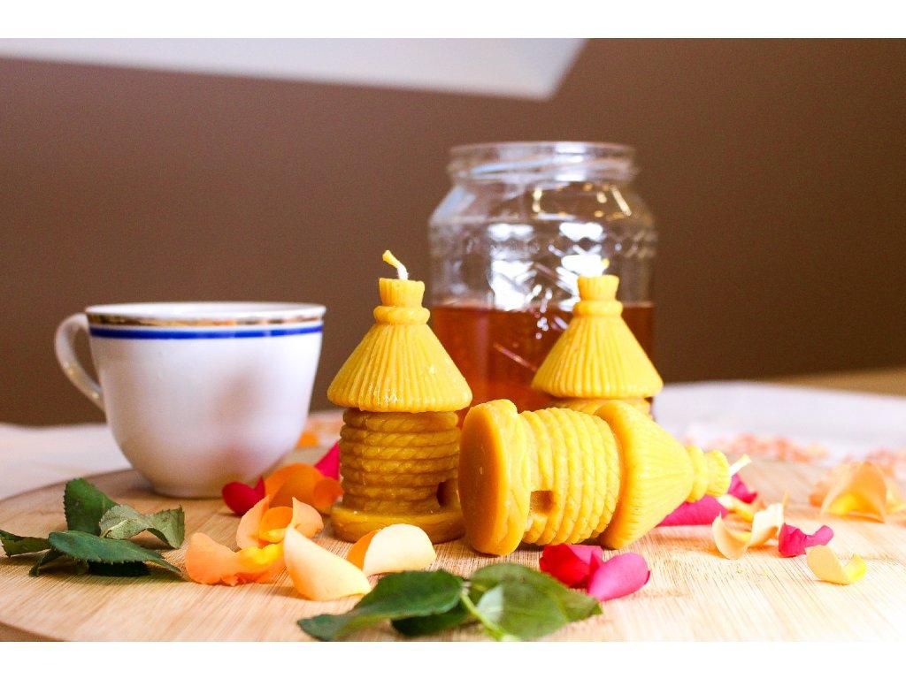Medová svíčka - včelí úl