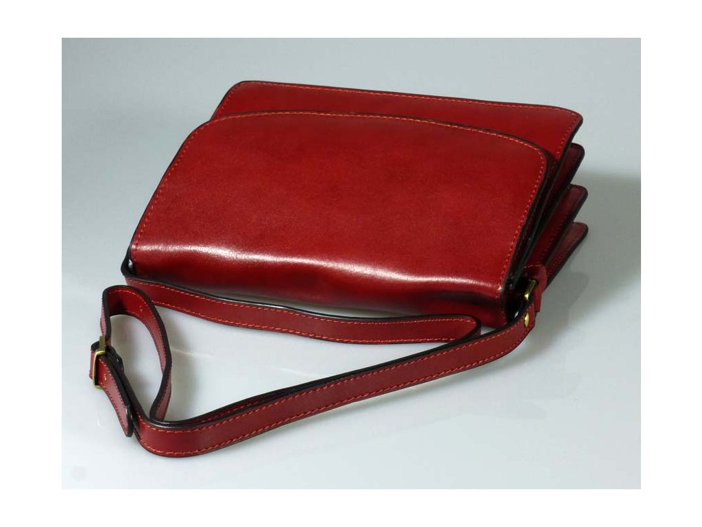 Kožená kabelka s klopnou červená - MENDOSÍNA 0344b117d13