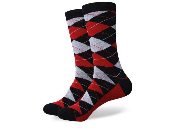 Čierno-šedo-červené ponožky - kárované