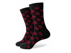 Šedé ponožky - veľké červené bodky