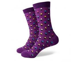 Fialové ponožky - malé farebné kosoštvorce
