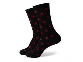 Čierne ponožky - malé červené kotvy
