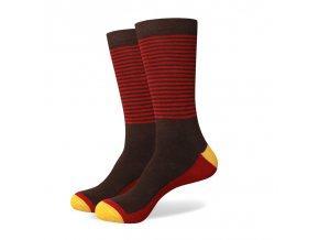 Hnedo-červené ponožky - pruhované