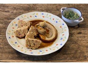 Porchetta /rolovaný vepřový bůček, špekový knedlík, krémový špenát