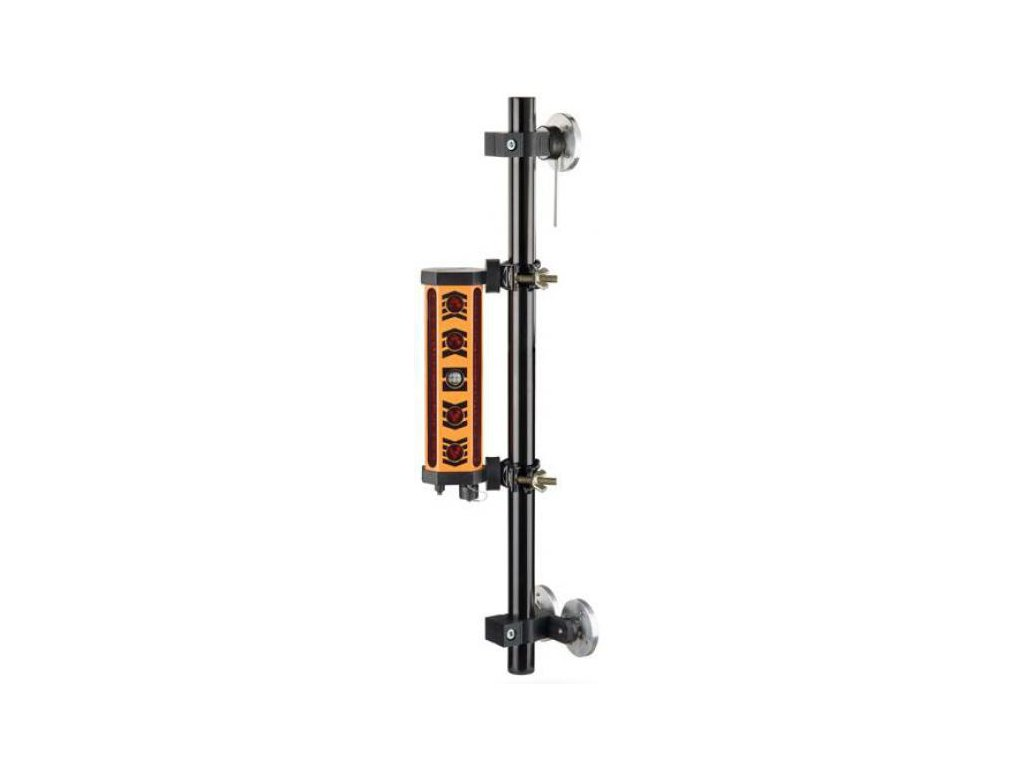 Magnetická tyč pre upevnenie prijímača na zemný stroj