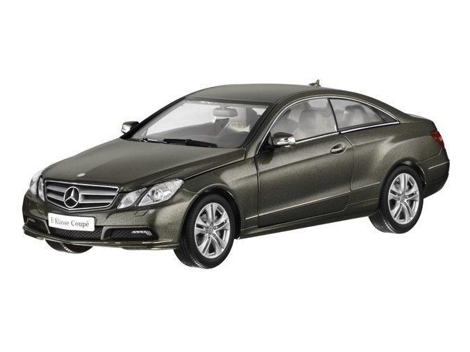 Mercedes-Benz E-Klasse Coupé C207