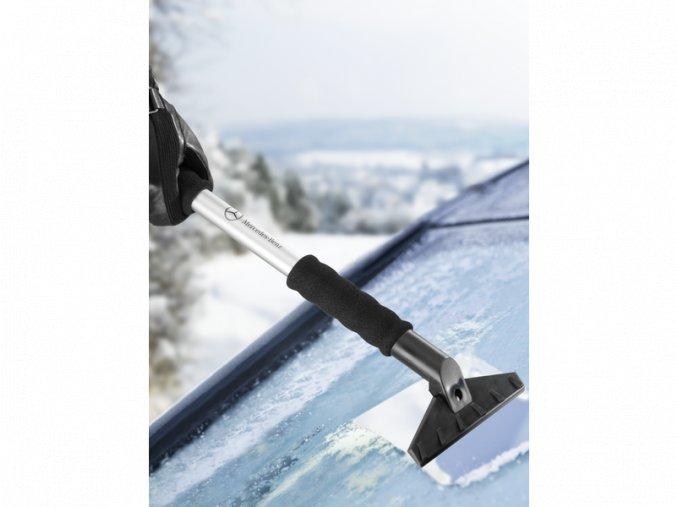 Teleskopický sněhový kartáč se škrabkou