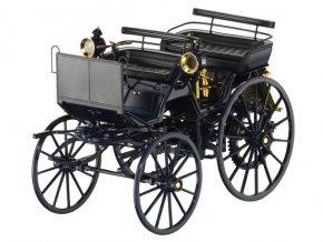Daimler - motorový kočár