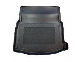 Merc. E W 213 4D 4/16R limusine zadní sed. dole