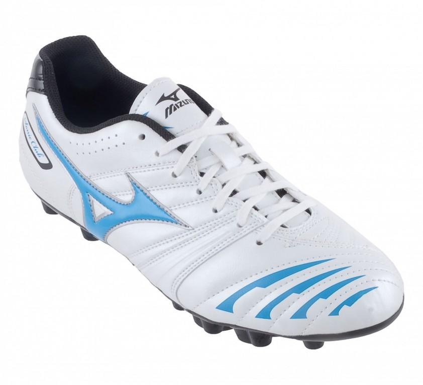 Fotbalová obuv