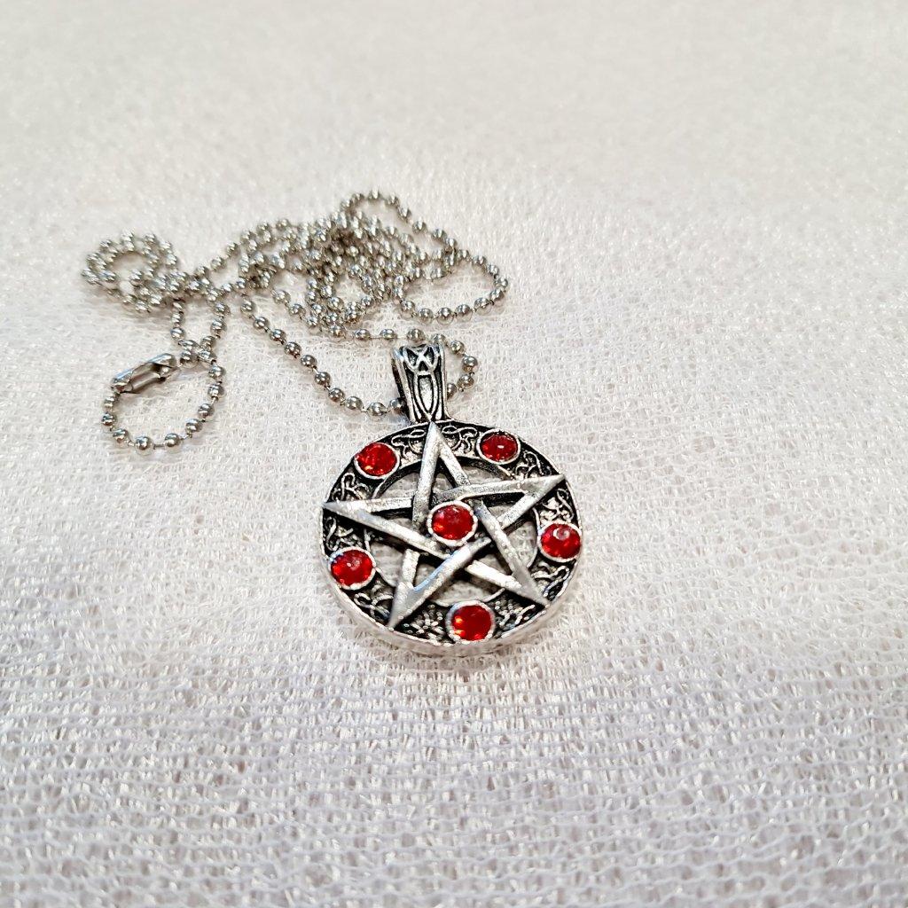 Pentagram červený