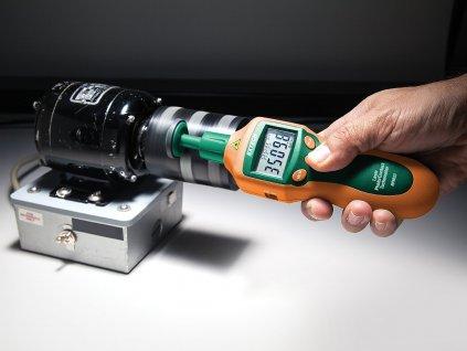 Laserový otáčkoměr Extech RPM33, měření otáček a posunu